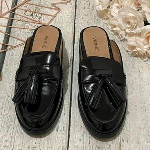 New Vionic 8 Reagan leather mule black tassel flat